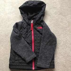 Toddler boy Northface quilted jacket size 3T